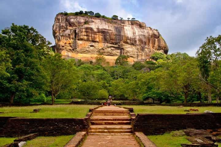 Resultado de imagen de cadena montañosa de sri lanka