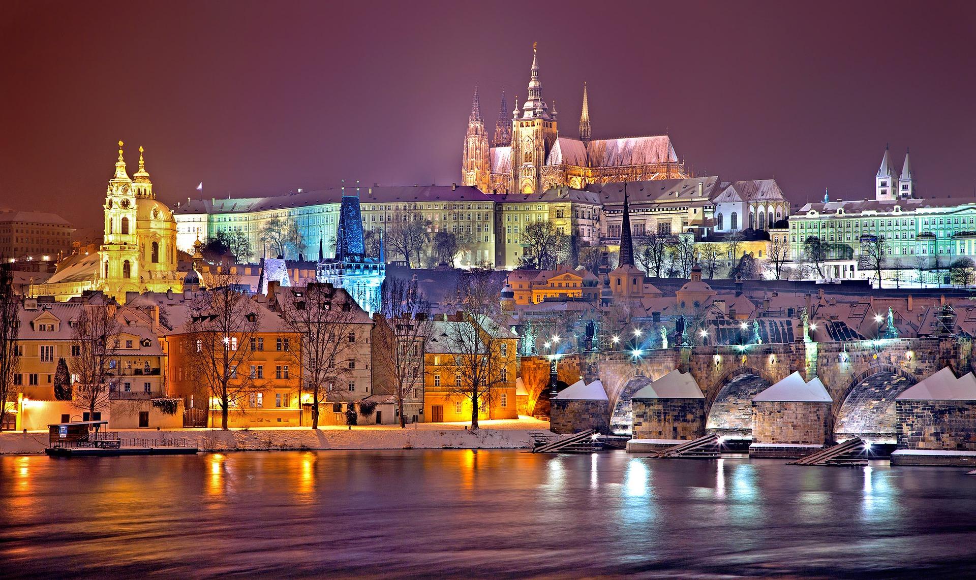 Crucero por el Danubio + Praga