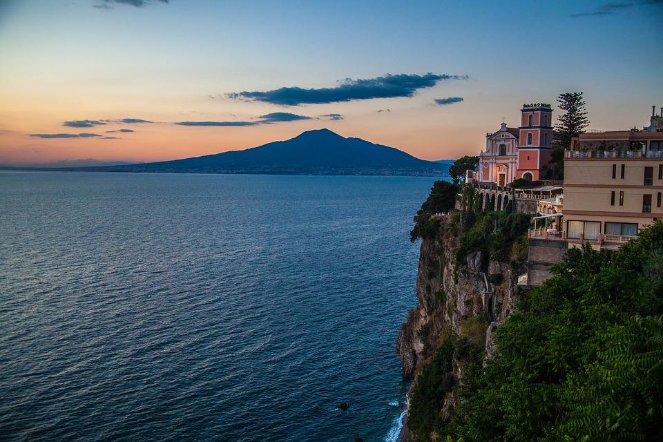 Amalfi-coast-3010399_960_720